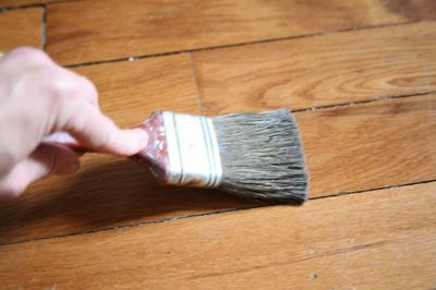 entretien escalier bois nettoyage escalier bois comment nettoyer le bois nettoyer un plancher. Black Bedroom Furniture Sets. Home Design Ideas